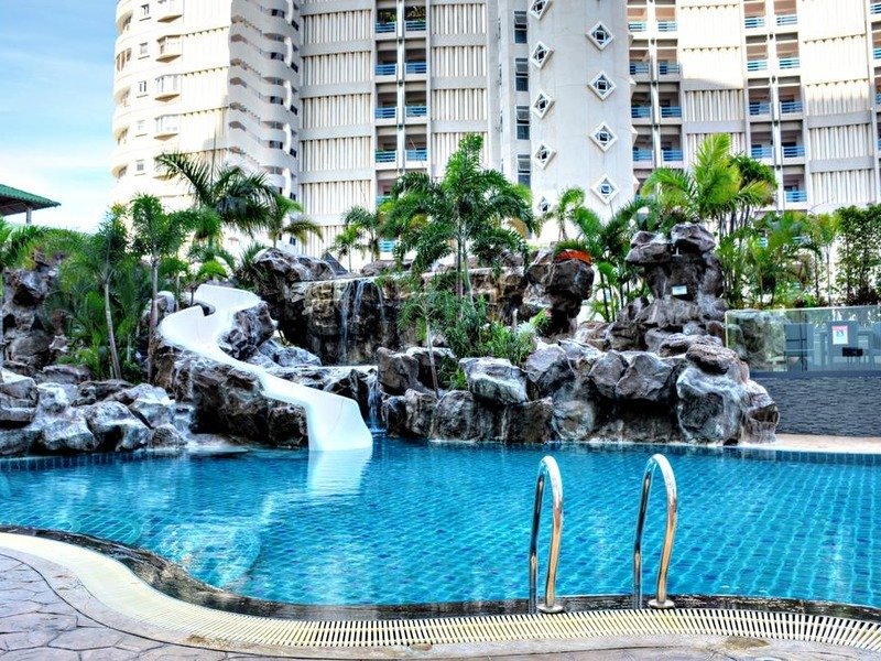 Condo at The Cliff Condominium (Pratumnak)
