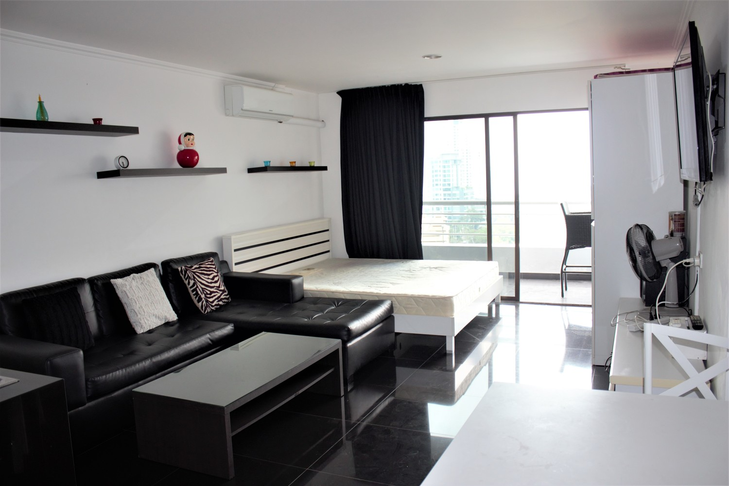 Condo at Pattaya Hill Resort (Pratumnak)